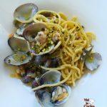 Spaghetti vongole e pistacchio