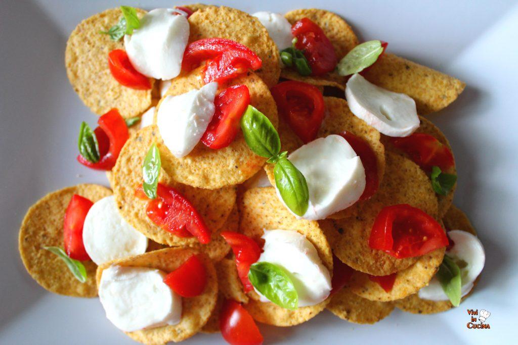 caprese nachos