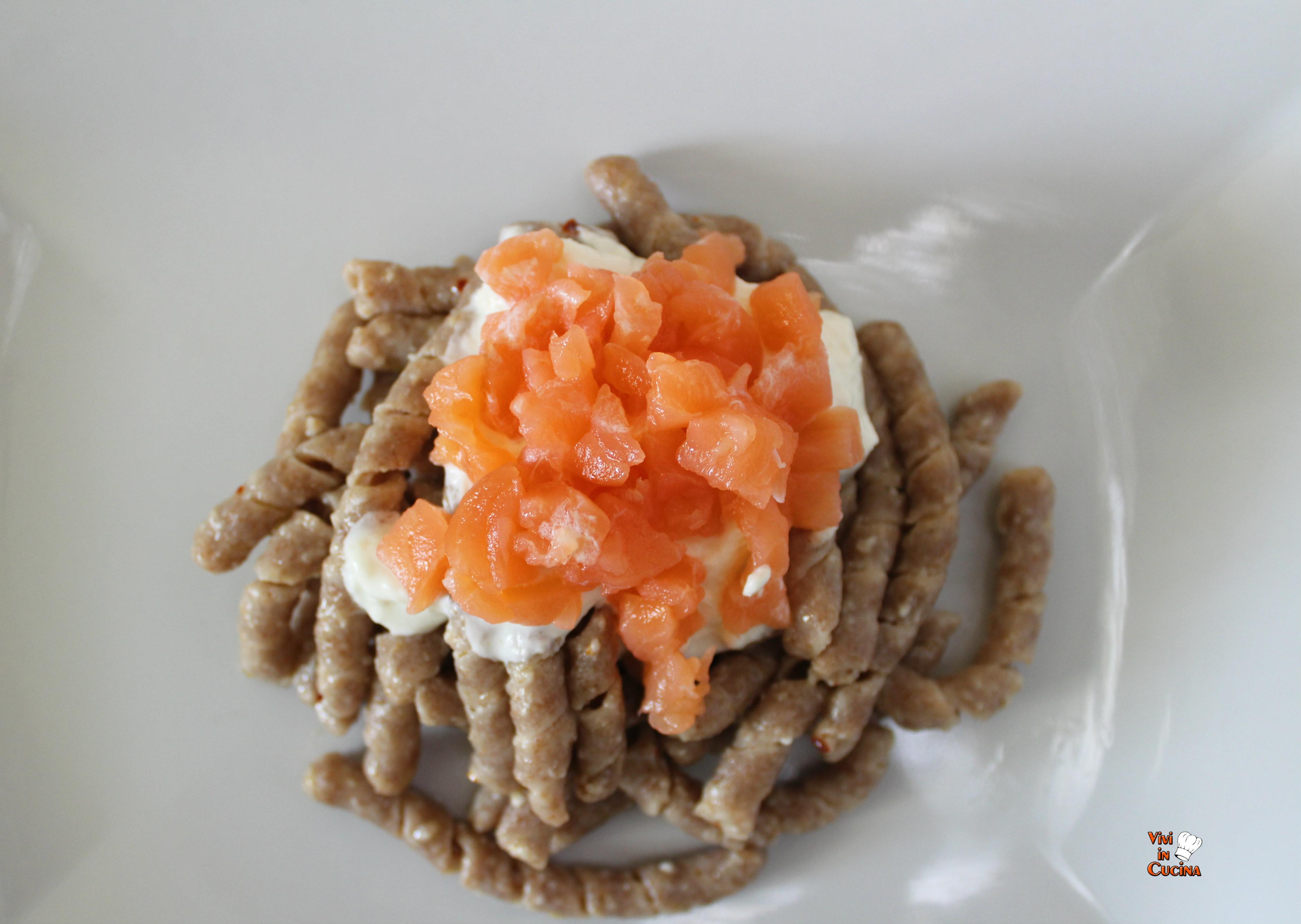 busiate aglio olio e peperoncino
