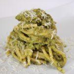 Spaghetti al pesto di broccolo